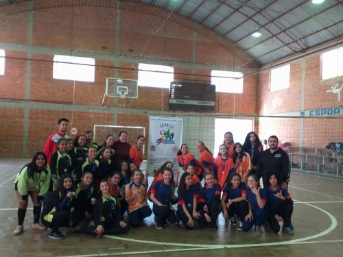 Voleibol Mirim Feminino foi disputado dentro do JEMCS